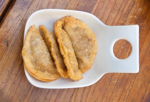 Arroz y empanadas son algunos de los platos más populares